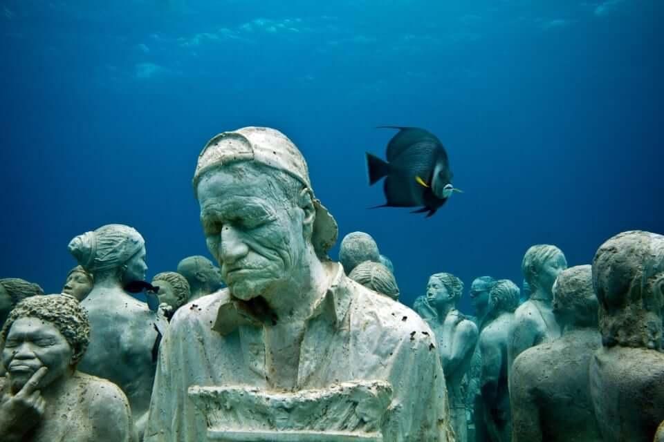 Museu Subaquático de Arte em Cancún
