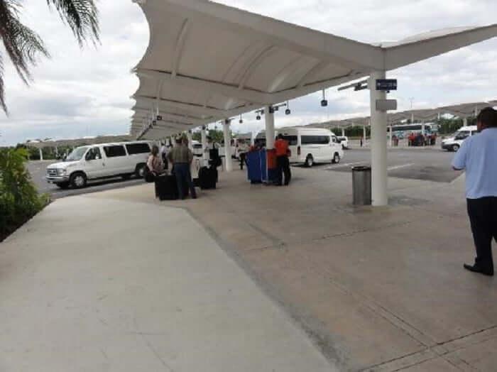 Como ir do aeroporto de Cancún até o centro turístico de táxi