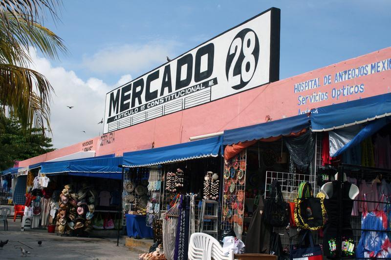 Mercado 28 para comprar roupas em Cancún