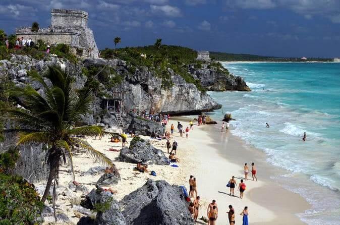 Ruínas de Tulum em um roteiro em Cancún