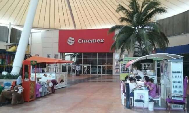 Cinema no Las Plazas Outlet em Cancún