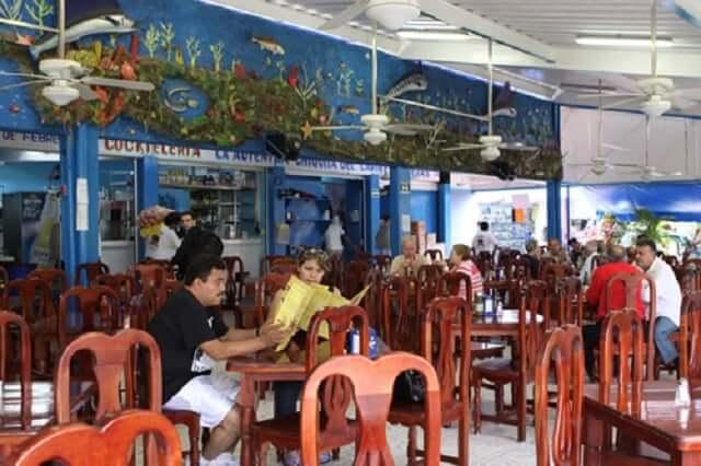 Restaurantes no Mercado 28 em Cancún
