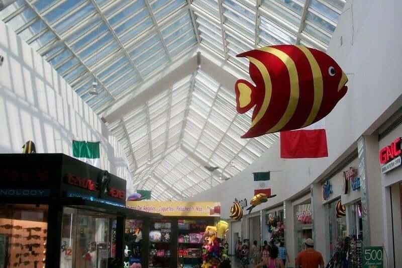 Lojas no Shopping Las Americas em Cancún