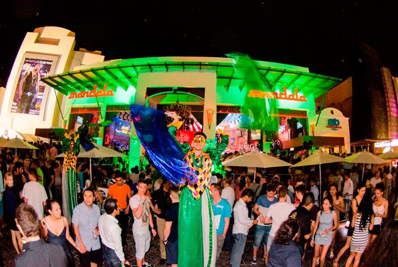 Estrutura do bar e balada Mandala em Cancún