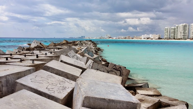 Praia pública Playa Caracol em Cancún
