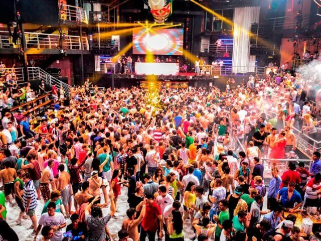 Balada The City Nightclub em Cancún