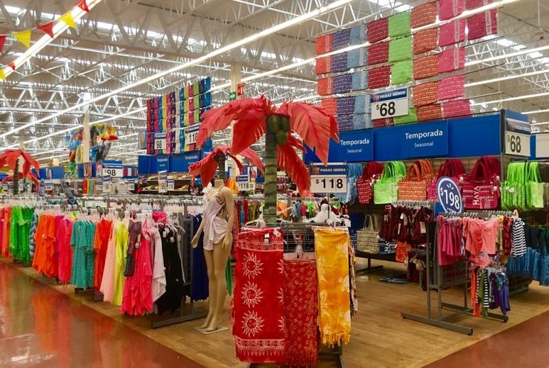 Mercadorias no Walmart em Cancún