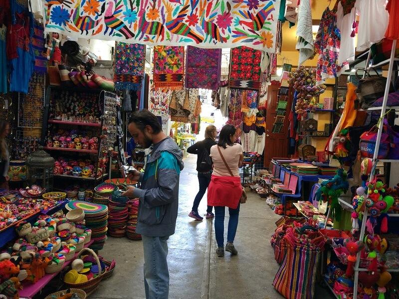 Passeio romântico para fazer compras na Cidade do México