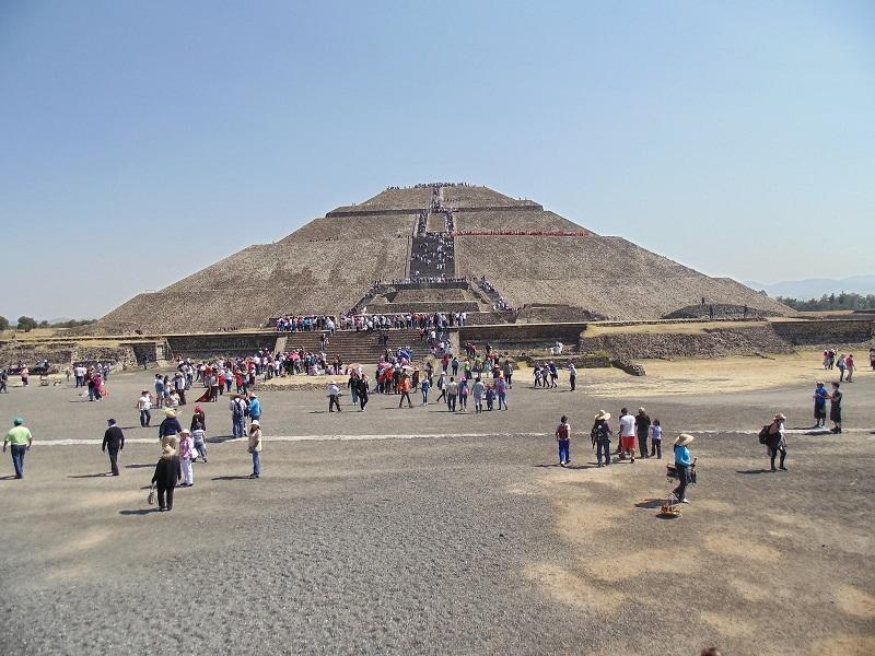 Passeio romântico pelas Pirâmides de Teotihuácan na Cidade do México