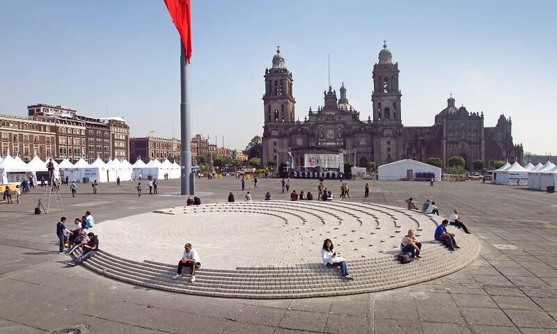 Passeio romântico pelo Zócalo na Cidade do México