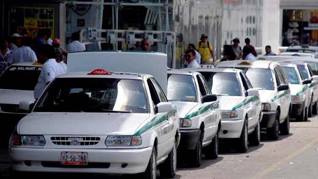Ir do aeroporto de Cancún até o centro de Tulum com um táxi