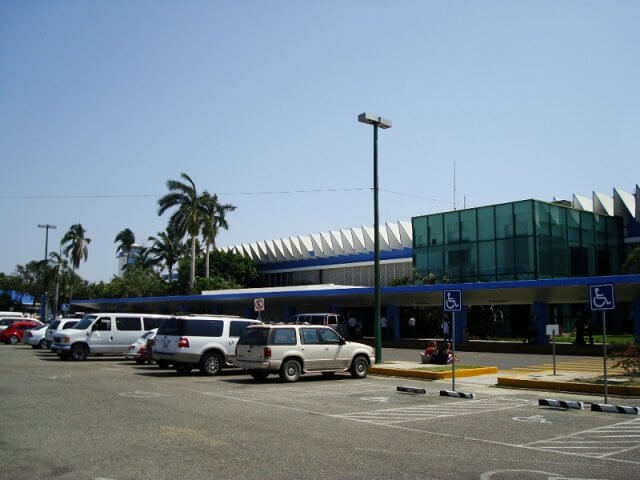 Como ir do aeroporto de Acapulco até o centro