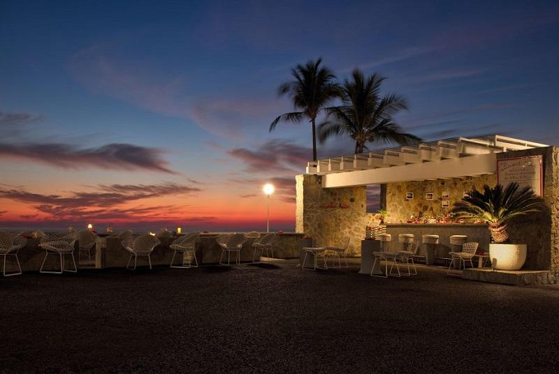 Região com a maior vida noturna de Acapulco
