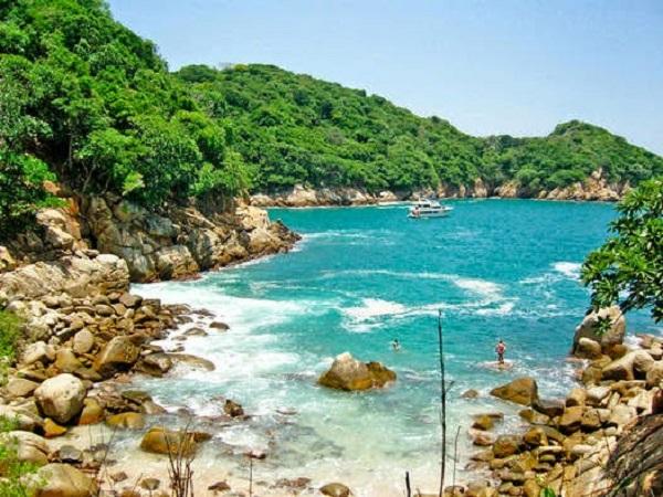 Passeio romântico na Ilha da Roqueta em Acapulco
