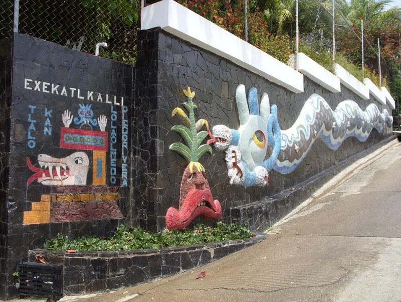Conferir os Murais de Diego Rivera na Exekatlkalli no Museu Galeria Dolores Olmedo em Acapulco
