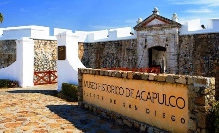 Passeio romântico no Forte de San Diego e Museu Histórico de Acapulco