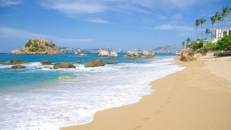 Curtir as praias em Acapulco