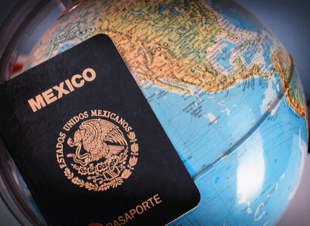 Preciso de passaporte e visto para ir para Cancún?