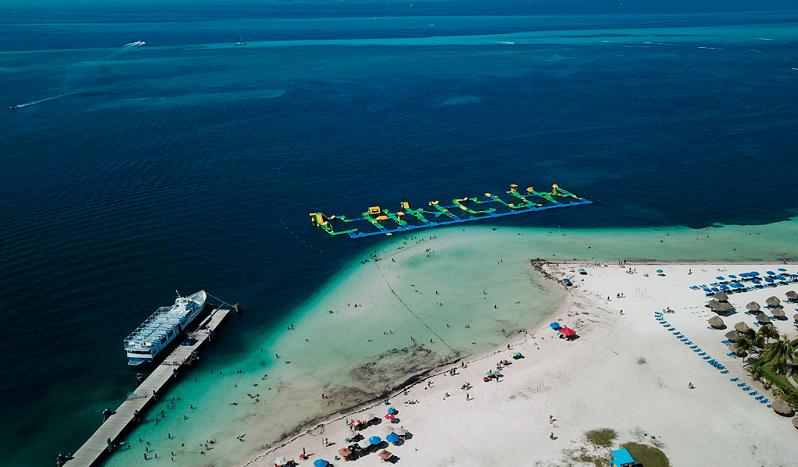 Estrutura da Playa Langosta em Cancún