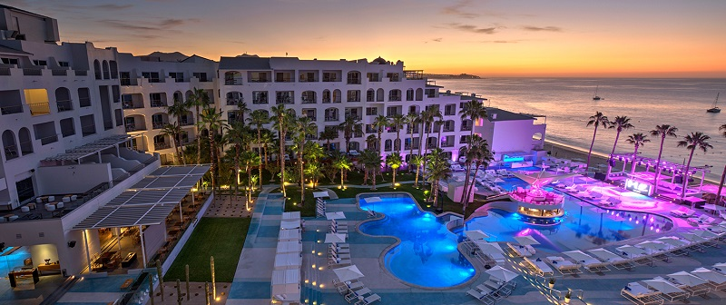 Curtir à noite na Blue Marlin Ibiza Los Cabos