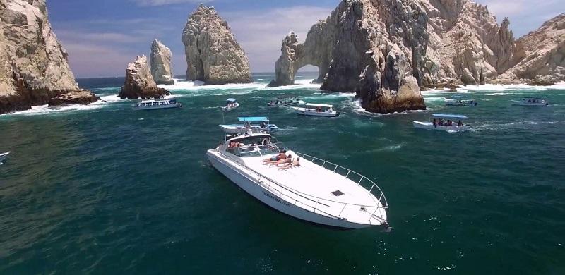 Passeio de escuna ou catamarã em Los Cabos no México