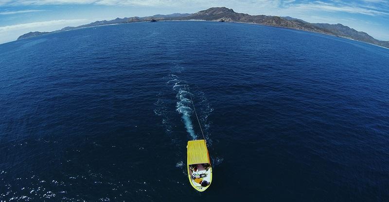 Passeio de barco no Parque Nacional Marinho Cabo Pulmo em Los Cabos