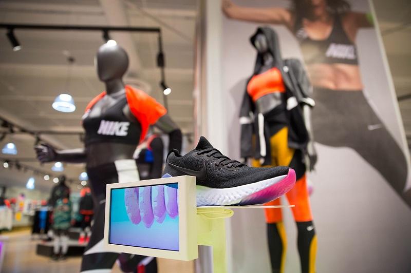 Compras tênis Nike em Los Cabos