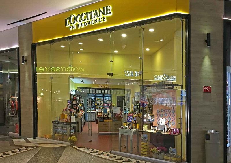 Compras de perfumes na L'occitane do Shopping Puerto Paraiso Mall em Los Cabos