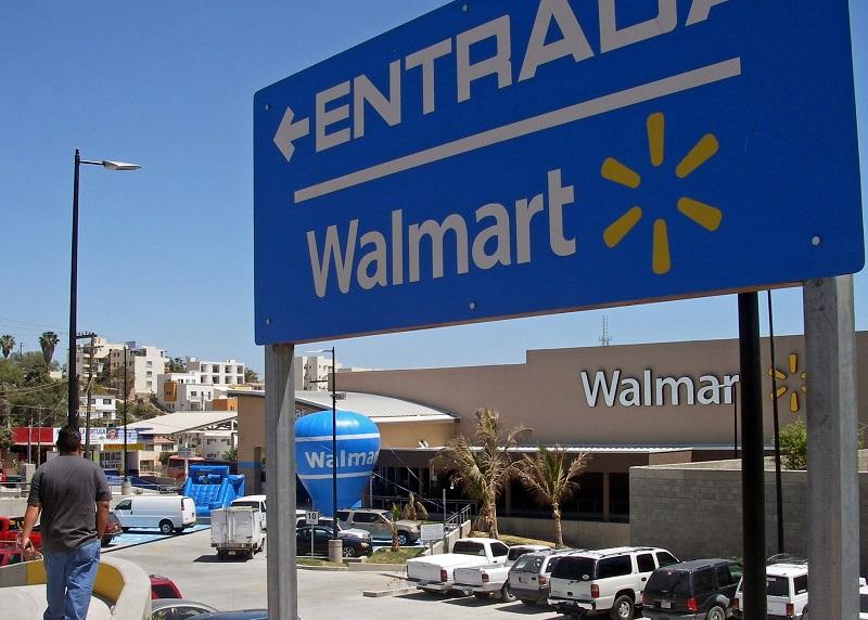 Placa de entrada do Walmart em Los Cabos