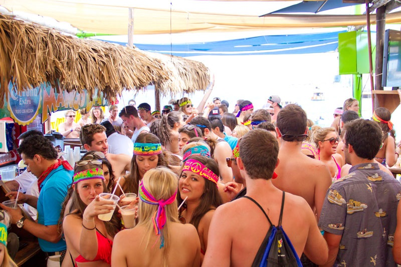 Mango Deck Restaurant, Bar & Beach Club
