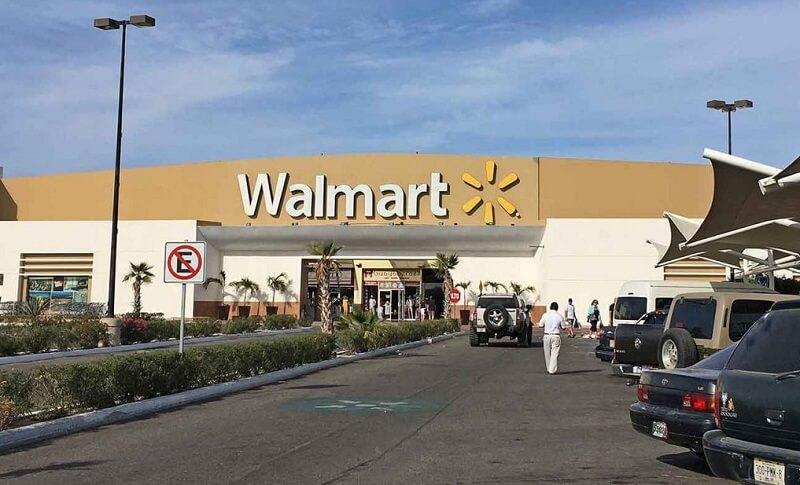 Compras no Walmart em Los Cabos