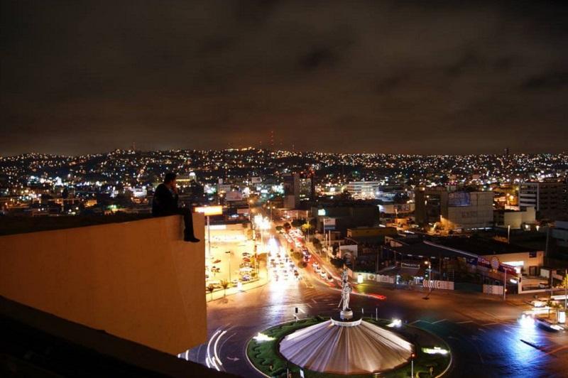 Vida Noturna na Avenida Revolución em Tijuana