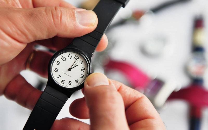 Relógio para ajustar horas de fuso horário México e Brasil